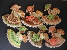 A opět jarní panenky Fan Decoration, Meringue Cookies, Easter Cookies, Cookie Designs, Cakes And More, Cupcake Cakes, Cupcakes, Cookie Monster, Macaroons
