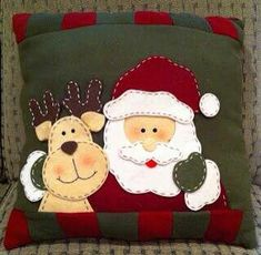 Santa Pillow Close Up Crochet Pattern Finally the day you have been waiting for - the Santa Pillow is finished! Here is the complete finished version of the Santa Pillow cro. Christmas Cushions, Christmas Pillow, Felt Christmas, Christmas Time, Christmas Stockings, Christmas Ornaments, Green Christmas, Christmas Projects, Felt Crafts