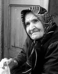 Old woman in San Lorenzo Bellizzi, Calabria, Italy