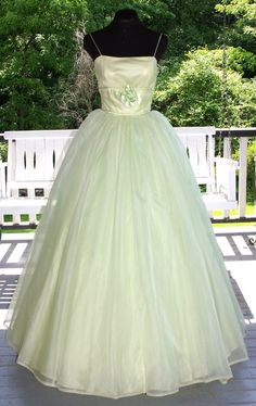 Vintage 1950s 50s Green Chiffon over Tulle & Taffeta Prom Party Evening Gown Dress Satin Roses