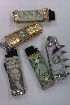 Uploaded by ♢Regina♢. Find images and videos about grunge, gold and smoke on We Heart It - the app to get lost in what you love. Gucci Gang, Cool Lighters, Custom Lighters, Cool Stuff, Stuff To Buy, 420 Girls, Mein Style, Stoner Girl, Stoner Room
