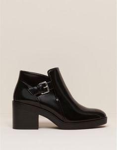 Pull&Bear - zapatos - botas y botines - botín tacón brillo - negro - 11090111-I2015