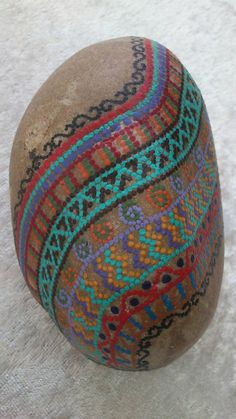 Dot painting stone ORIENTAL of lovingly hand-painted River pebbles, weatherproof and UV-resistant, 11 cm diameter