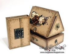 *ClayGuana: Photo House - Graphic 45 Cityscapes - Tutorial available Pattern Paper, Paper Patterns, Graphic 45, Keepsake Boxes, Hello Everyone, Craft Fairs, Mini Albums, Picture Frames, Projects To Try