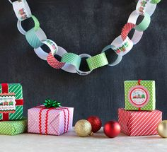 DIY Holiday Paper Chain - Free Printable Download