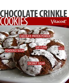 Get ready for holiday cookie swaps with these snow-dusted treats. The pairing of chocolate protein and cocoa powder means pure chocolate goodness! No one will know they're rich in protein (a whopping 5 grams per cookie!). Plus, these crinkle cookies are sweetened with coconut sugar for more flavor and less damage. Who says the holidays can't be yummy and healthy?