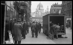 Fleet Street 1950.  found on: Lost London - Page 67 - SkyscraperCity forum