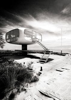 Lifeguard-Station on the Island of Rügen by Ulrich Müther, 1975. All images by Lasse Rode, architectural Illustrator.