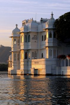 Jag Nivas or Lake Palace - Udaipur, Rajasthan. This Royal Palace was built on natural foundation of 4 acres rock island. It was built in early 17th century by Maharaja Jagat Singh, member of the Royal dynasty of Mewar, as the Royal Summer Palace. #India