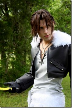 Squall, Final Fantasy VIII sexy cosplay.