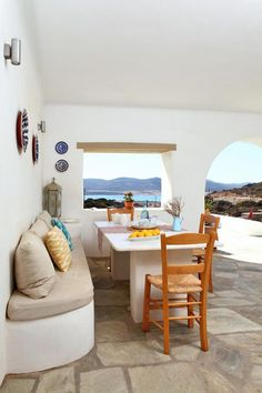 THE TRAVEL FILES: A HOLIDAY HOME ON ANTIPAROS | THE STYLE FILES...calgon take me away!