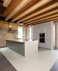 kitchen ECO7 unicolor laminate, columns doors with vertical aluminium handle-less