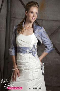 7177d2ea38dca6 27 beste afbeeldingen van bruidskleding - Alon livne wedding dresses ...