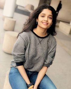 Ritika Singh Beautiful Photos & Mobile Wallpapers HD (Android/iPhone) – My CMS Cute Girl Face, Cool Girl, Girl Pictures, Girl Photos, Rithika Singh, Fit Girls Guide, Girl Sday, Bollywood Photos, Beautiful Girl Indian