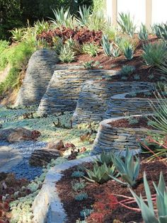 Awesome Rock Garden Retaining Wall Ideas For Backyard and Side Yard - My Dream House Retaining Wall Design, Garden Retaining Wall, Stone Retaining Wall, Retaining Walls, Contemporary Landscape, Landscape Design, Landscape Architecture, Modern Landscaping, Garden Landscaping