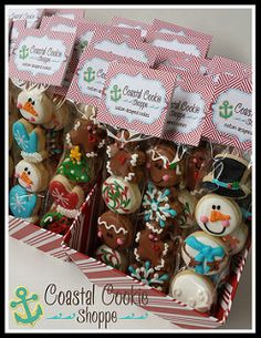 Christmas Minis   by Coastal Cookie Shoppe (was east coast cookies) Christmas Cookies Packaging, Christmas Cookies Gift, Cookie Packaging, Christmas Snacks, Christmas Cupcakes, Christmas Minis, Christmas Candy, Christmas Baking, Valentine Cookies