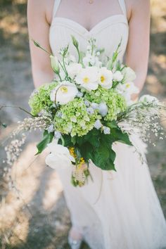 amazing bouquet // photo by Ryan Price // flowers by Chandelier Grove // view more: http://ruffledblog.com/west-texas-rustic-chic-wedding