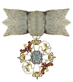 Ordre de L'Union Parfait - Created by Queen consort Sophie Magdalene of Denmark and Norway on August 7, 1732, to celebrate the tenth anniversary of her happy marriage with King Christian VI of Denmark and Norway
