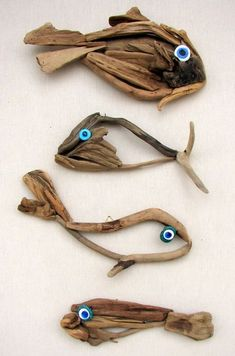 32 Awesome Fish Wall Decoration - House THE LOOK Ceramic fish wall decor Driftwood Fish, Driftwood Wall Art, Driftwood Projects, Fish Wall Decor, Fish Wall Art, Room Wall Decor, Framed Wall Art, Driftwood Dining Table, Wall Decor Amazon