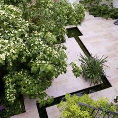 City Garden - Designed by James Alexander Sinclair. Contemporary Garden Design, Modern Landscape Design, Modern Landscaping, Outdoor Landscaping, Garden Modern, Small Gardens, Outdoor Gardens, Water Features In The Garden, Low Maintenance Garden