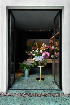 casa cavia | flowers