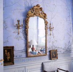 Add Art and Accessories. Lavender de Gournay chinoiserie wallpaper in Earlham design. Home of Vivienne Robert. Photographer Jan Baldwin.