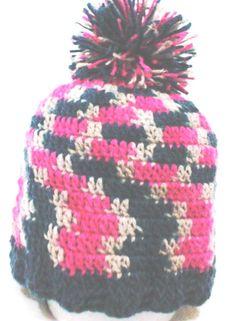 Touca de lã em crochê, ... veste muito bem, super quentinha  para elas  Aproveite!!