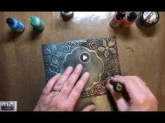 Alcohol inkt op gilding wax. Hoe pakt dat uit? - YouTube Inka Gold, Gilding Wax, Metallic Look, Victorian Lace, Card Making Techniques, Stamping Up, Embossing Folder, Decoupage, Birthday Cards