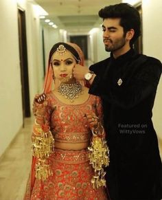 Ideas for indian bridal poses pictures Indian Wedding Poses, Indian Wedding Couple Photography, Bridal Photography, Indian Photography, Photography Ideas, Mehendi Photography, Dream Photography, Photography Couples, Punjabi Wedding