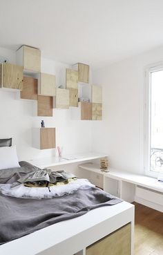 étagère jusqu'au plafond... utiliser l'espace en hauteur !!