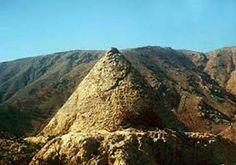 Πυραμίδες στην αρχαία Ελλάδα – xOrisOria News Ancient Greece, Past, Around The Worlds, Explore, Mountains, History, Water, Pictures, Temples
