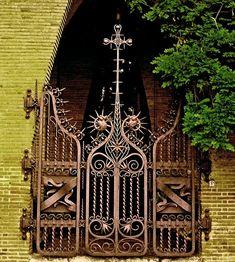 Colegio de las Teresianas-1888-1890 - Barcelona - A.Gaudi