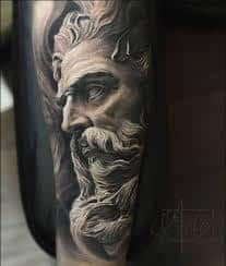 What does poseidon tattoo mean? We have poseidon tattoo ideas, designs, symbolism and we explain the meaning behind the tattoo. Zeus Tattoo, Poseidon Tattoo, Statue Tattoo, Arlo Tattoo, Tatoo 3d, Full Sleeve Tattoos, Leg Tattoos, Body Art Tattoos, Tattoos For Guys