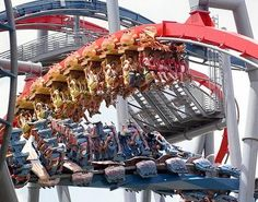 Dueling Dragons Roller Coaster! Wizarding World of Harry Potter, Universal Studios, Orlando, Florida.
