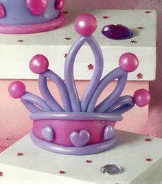 Balloon Crown, Balloon Hat, Balloon Crafts, Balloon Flowers, Balloon Animals, Balloon Arch, Fiesta Decorations, Balloon Decorations, Birthday Party Decorations