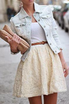 Short off-white skirt