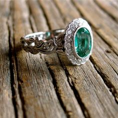 Fabulous Oval Cut Green Emerald Engagement Ring