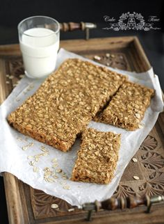 Oatmeal Bars with Peanut Butter and Banana