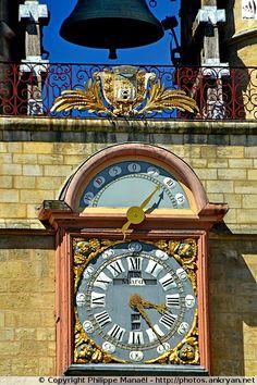 Horloge de la Grosse Cloche à Bordeaux (Aquitaine, Gironde)