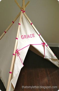 kids play teepee