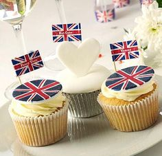Jubilee cupcakes. I like the little flags.