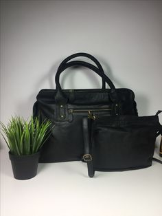 Diaperbag mini&maxi #unisex#leather#multifunctioneel   www.nan-nes.com