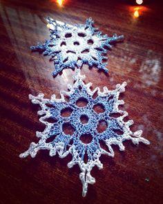 Best 12 Snowflake – Free Crochet Pattern & Tutorial · The Magic Loop Crochet Christmas Decorations, Crochet Christmas Ornaments, Christmas Crochet Patterns, Holiday Crochet, Crochet Snowflakes, Crochet Gifts, Free Crochet Snowflake Patterns, Christmas Bells, Christmas Angels