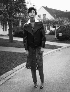 Damaris Goddrie by Ward Ivan Rafik for Muse Magazine Spring Summer 2016 5 Fashion Editor, Fashion Shoot, Damaris Goddrie, Cameron Russell, Muse Magazine, Environmental Portraits, Smells Like Teen Spirit, Spring Summer 2016, Female Models
