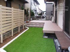 庭 人工芝 樹脂製ウッドデッキ LIXIL 樹ら楽 Japanese Home Decor, Japanese House, Fence, Terrace, New Homes, Home And Garden, House Design, Wood, Outdoor Decor