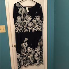 avenue dress 22/24 Avenue Dress. Black, white and shades of gray. Beautiful dress! Avenue Dresses