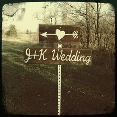 Rustic barn wedding ceremony and reception styled by Homestead Chic at Kennekuk Cove County Park in Danville, IL