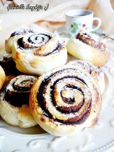 Gabriella kalandjai a konyhában :): Villámgyors kakaós csiga