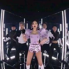 Black Pink Songs, Black Pink Kpop, South Korean Girls, Korean Girl Groups, Blackpink Poster, Korean Drama Best, Aesthetic Indie, Aesthetic Fashion, Blackpink Memes