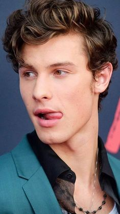 Shawn Mendes fragrance mist 8 oz (Pack of Shawn Mendes Memes, Shawn Mendes Imagines, Shawn Mendes Fofo, Shawn Mendes Cute, Shawn Mendes Hair, Mario Y Luigi, Fangirl, Shawn Mendes Wallpaper, Mendes Army